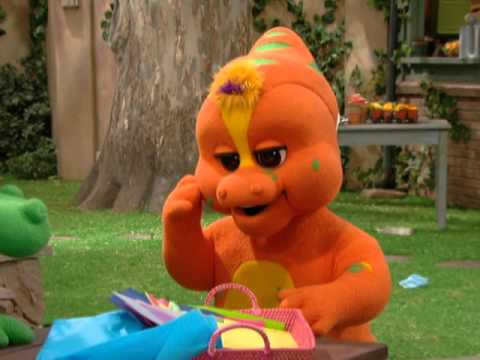 Barney: Clean Up, Clean Up!  Clip