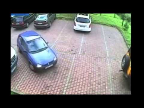 painful to watch 39 worst parking exit ever 39 in 4min video youtube. Black Bedroom Furniture Sets. Home Design Ideas