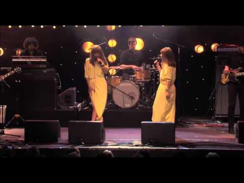 BRIGITTE - A Bouche Que Veux Tu ? (LIVE)