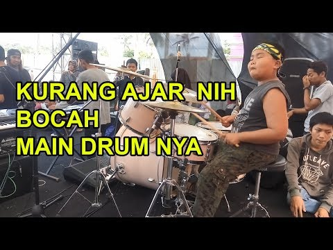 One Man Band by Yon Gondrong - AUDITION 4 - Indonesia's Got Talent.
