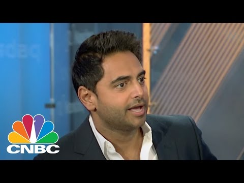 Hollywood's 'Brandfather' Talks Disrupting Food Industry | Squawk Box | CNBC