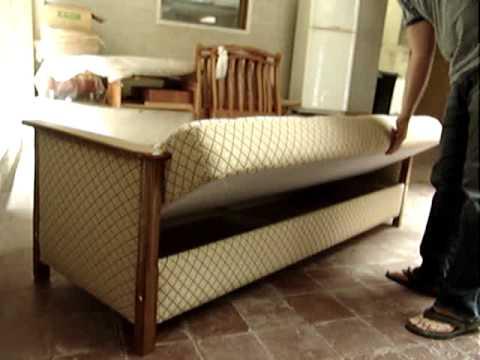 Futon sofa cama vassy youtube for Futon sofa cama plegable