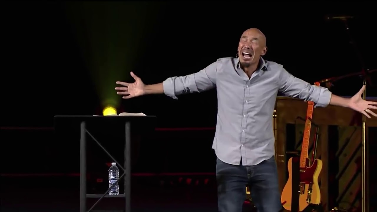 Francis Chan Tosses His Old Church Under the Bus | Bible