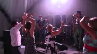 Необычный концерт на свадьбе/Unusual concert at the wedding