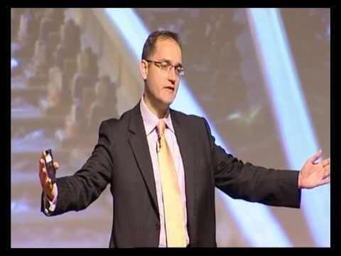 Cloud computing trends - Keynote speaker Ross Dawson at Telstra cloud computing conference