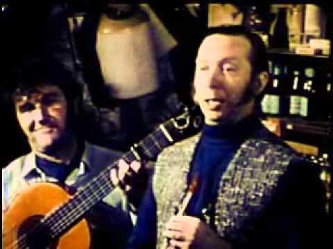 original irish Rovers pub crawl