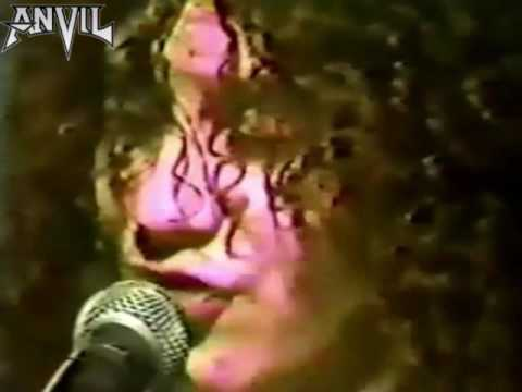 ANVIL -  Ac/dc (video clip 1981) Heavy metal.