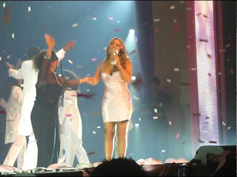 MARIAH CAREY - Auld Lang Syne - Live ! - 12/31/09 - 01/01/10 - NYC - Madison Square Garden