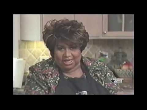 Aretha Franklin - Cooking Meatloaf Fried Green Tomatoes Fried Corn