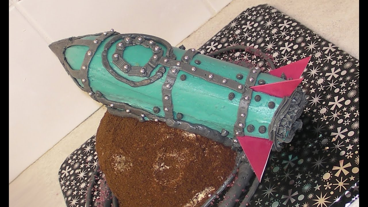 Making A Space Rocket Cake