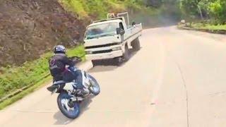 Close Call Almost Hapit Muntikan Racing @ Malita with Yamaha Sniper Suzuki Raider Honda XR200 thumbnail