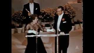 Kim Hunter Wins Supporting Actress: 1952 Oscars