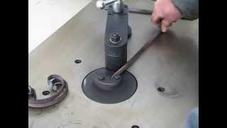 видео Оборудование для холодной ковки металла: кузнечные станки и прочее