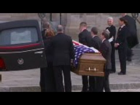 Download Former Washington Post editor Ben Bradlee remembered at service