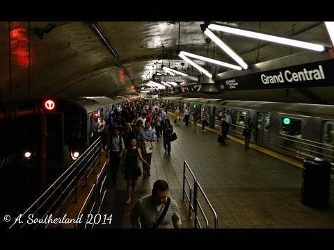 MTA New York City Subway: AM Rush Hour on the number (7) Flushing Line