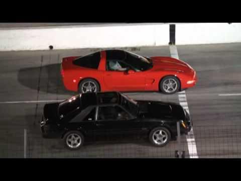 corvette vs mustang
