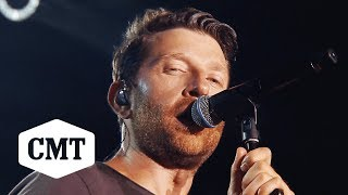 "Brett Eldredge Performs ""Wanna Be That Song"" 