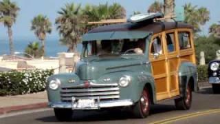 Highway 101 Woodie Car Cruise Oceanside Pier | 2009 Wavecrest Woodie Car Show