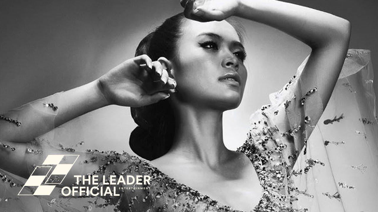 Hoàng Thùy Linh - Hãy Cứ Đón Lấy (Just Take It) [Audio]