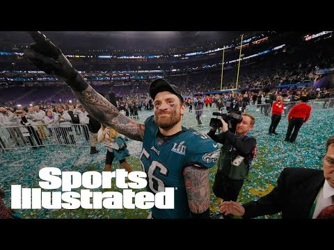 Chris Long Not Retiring, Will Return To Philadelphia Eagles For 2018   SI Wire   Sports Illustrated