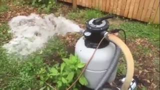 How to vacuum and remove dead algae from the bottom of your pool