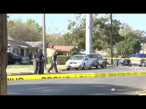Gunman opens fire on 2 men from sunroof of vehicle on San Antonio's East Side