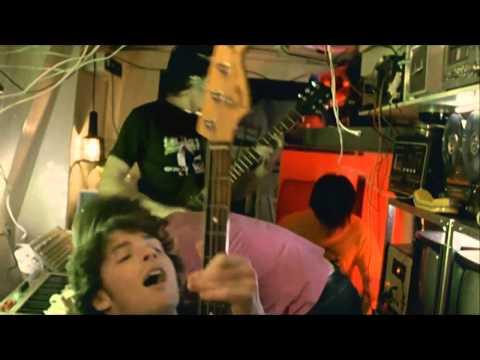 25 Memorable Rock 'n' Roll Bust-Ups