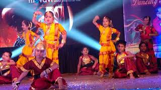 Tanay performing as bahuballi at dance institute event