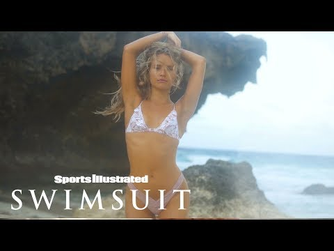 Sailor Brinkley Cook Heats Things Up in Aruba | CANDIDS | Sports Illustrated Swimsuit