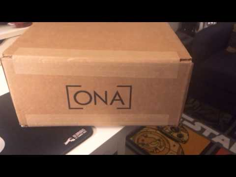 Unboxing the best small kit camera bags HANDS DOWN!! - ONA Prince Street Messenger Bag