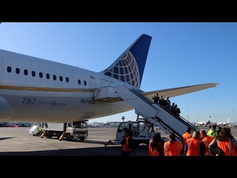 United Airlines Returns to New Zealand 2016