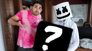 MARSHMELLO MAKES ME THE GIFT OF MY DREAMS -Fortnite dans la vraie vie