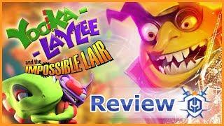 Yooka-Laylee and the Impossible Lair Review (Ps4, Switch, PC, Xbox): Yooka Laylee geht neue Wege und ist nun ein 2D-Plattformer. Ein sinnvoller Schritt zu neuen Höhen, oder ein Schuss in den Ofen?  Technische Mängel wie bei Yooka Layle auf der PS4 und XBox One gibt es keine. Die Switch Version von #YookaLayleeAndTheImpossibleLairReview läuft mit stabilen 60FPS und spielerisch kann der Titel im #Test voll und ganz überzeugen. Playtonic Games ist unserer Meinung nach der Übergang gelungen. Unsere Bewertung erfahrt ihr im Video oder auf unserer Website: https://gamegladiators.de/