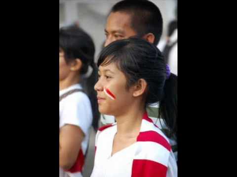 K'naan feat. ipang - wavin flag (semangat berkibar)