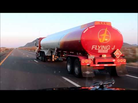 Pilot Flying J Tanker on WestBound Interstate 10