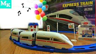 Поезд с железной дорогой и другие игрушки в видео для детей