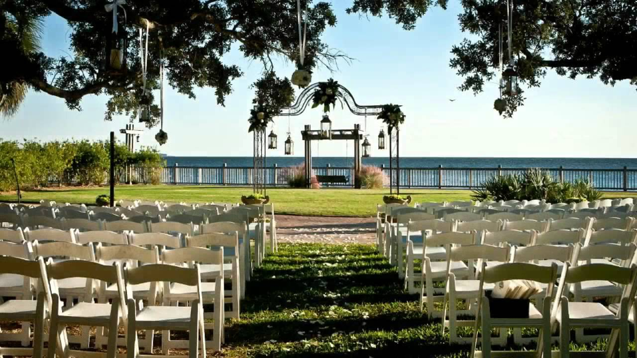 Wedding At The Grand Hotel Lawn In Fairhope Alabama