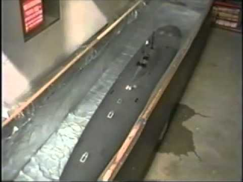 Alfa Submarine Test Run at Lake (Part 2 of 3).wmv
