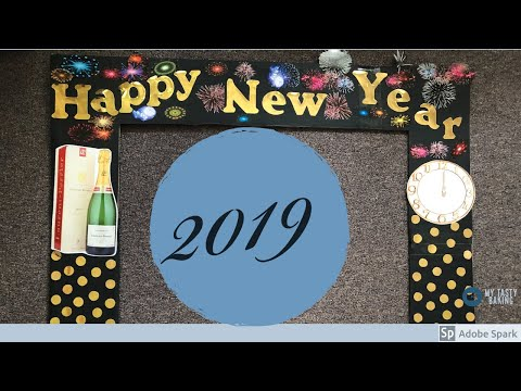 DIY New Year Photo Booth Frame
