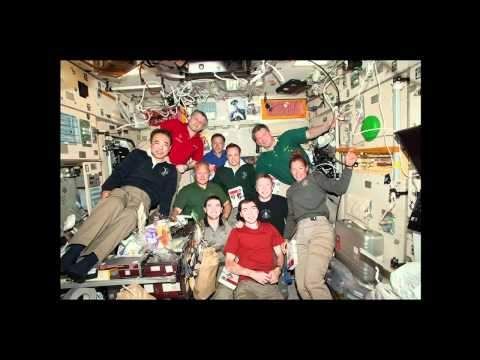 Space Shuttle Atlantis STS-135 Astronauts