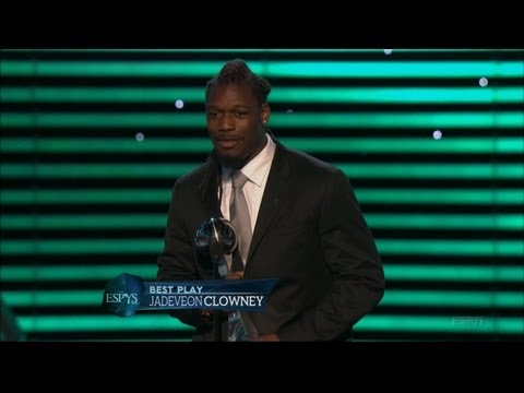 Jadeveon Clowney Wins Best Play ESPY