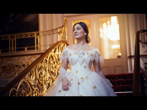 Getting Dressed in 2020 - La traviata at the Royal Opera House