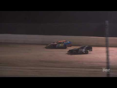 Moler Raceway Park | 9.2.16 | Matt's Graphics UMP Modifieds | Feature