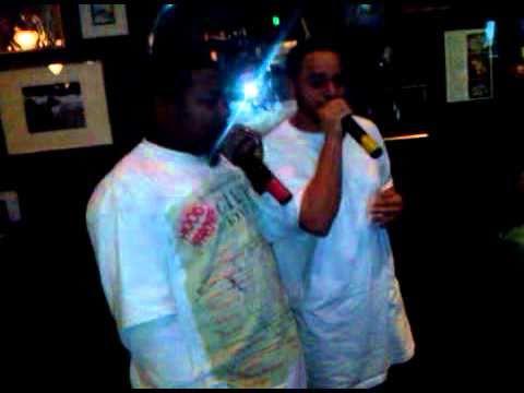 Baretta & Salt Shaker Golden Girls Karaoke