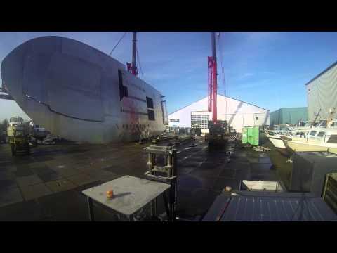 Wim van der Valk Trawler 2395 Timelapse turning the hull
