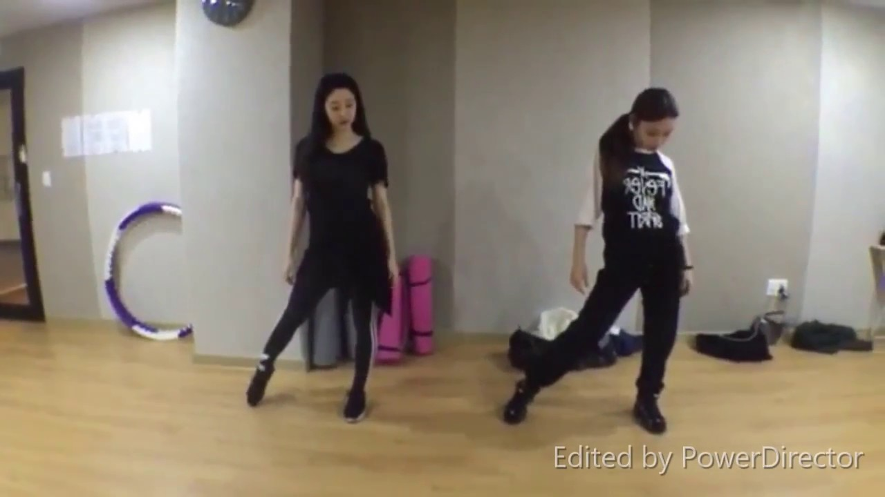Download Kim Chungha & Oh Seojung - 24 Hour  dance practice (mirrored)