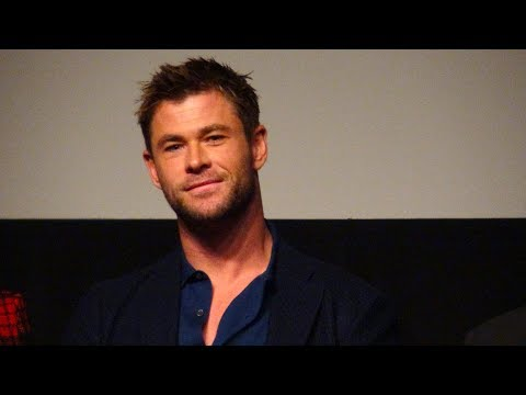 """🍭  Live with Chris Hemsworth, Trevante Rhodes & filmmakers of """"12 Strong"""""""