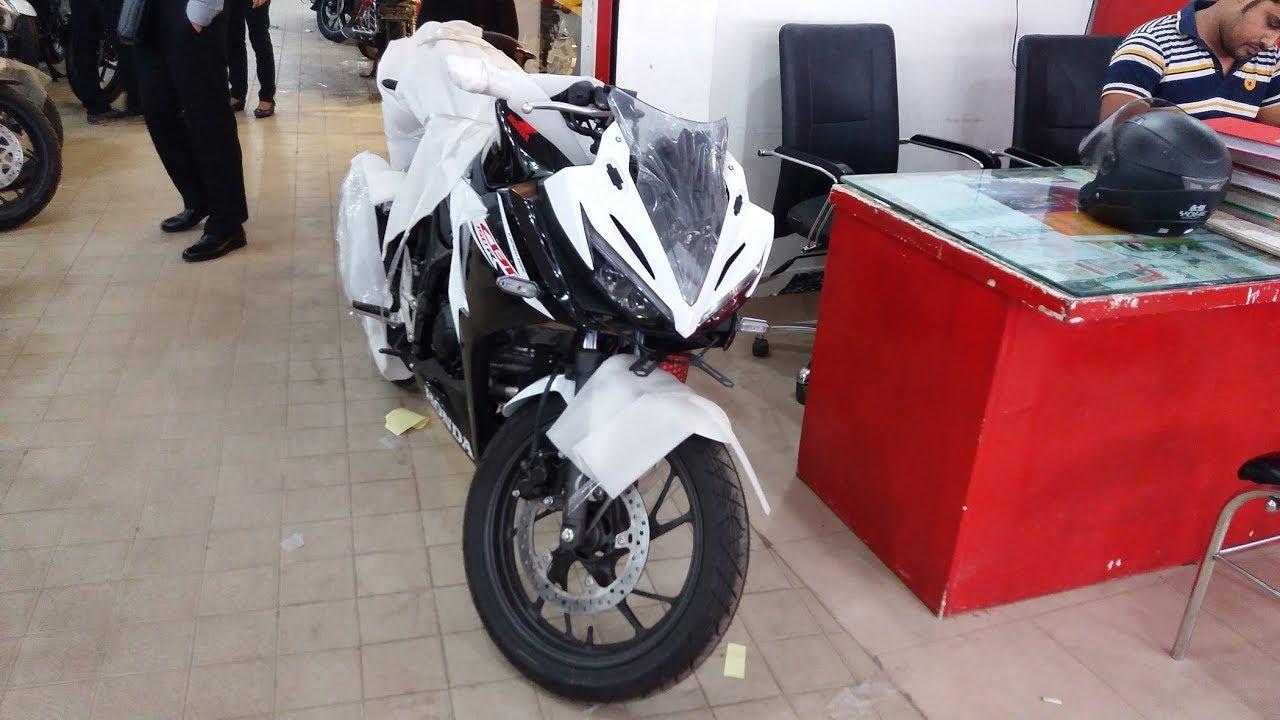 Newly launch honda cbr 150r 2017 indonesian model slick black white colour bike