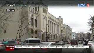 Директор Ленкома не поделил тротуар с пешеходом