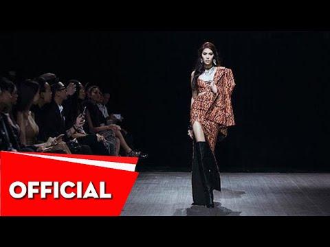 LAN KHUE _ CATWALK Xita Fashion Show _ VIETNAM DESIGNER FASHION WEEK